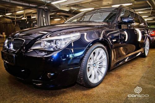 BMW E61 550 - Lakkorigering og rens